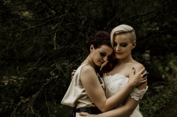 Chloe Mary Photography - Babes with the Power wedding - Rebel Rebel - Alternative wedding - Gothic wedding 14