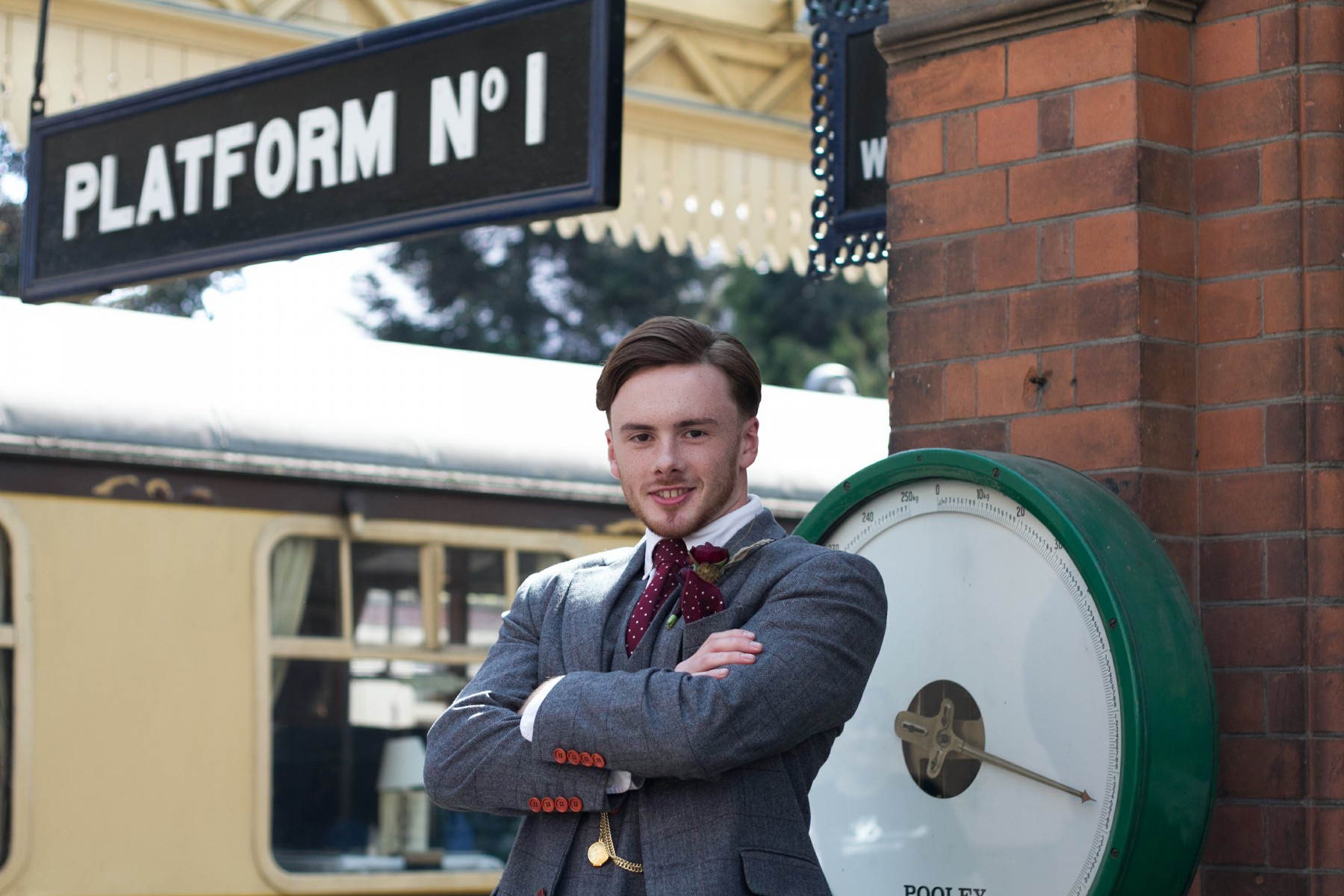 Iso Elegant Photography - Leicester wedding network - Railway wedding - vintage wedding 20