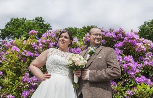 Stephanie Butt Photography - Creative fun wedding photographer 5