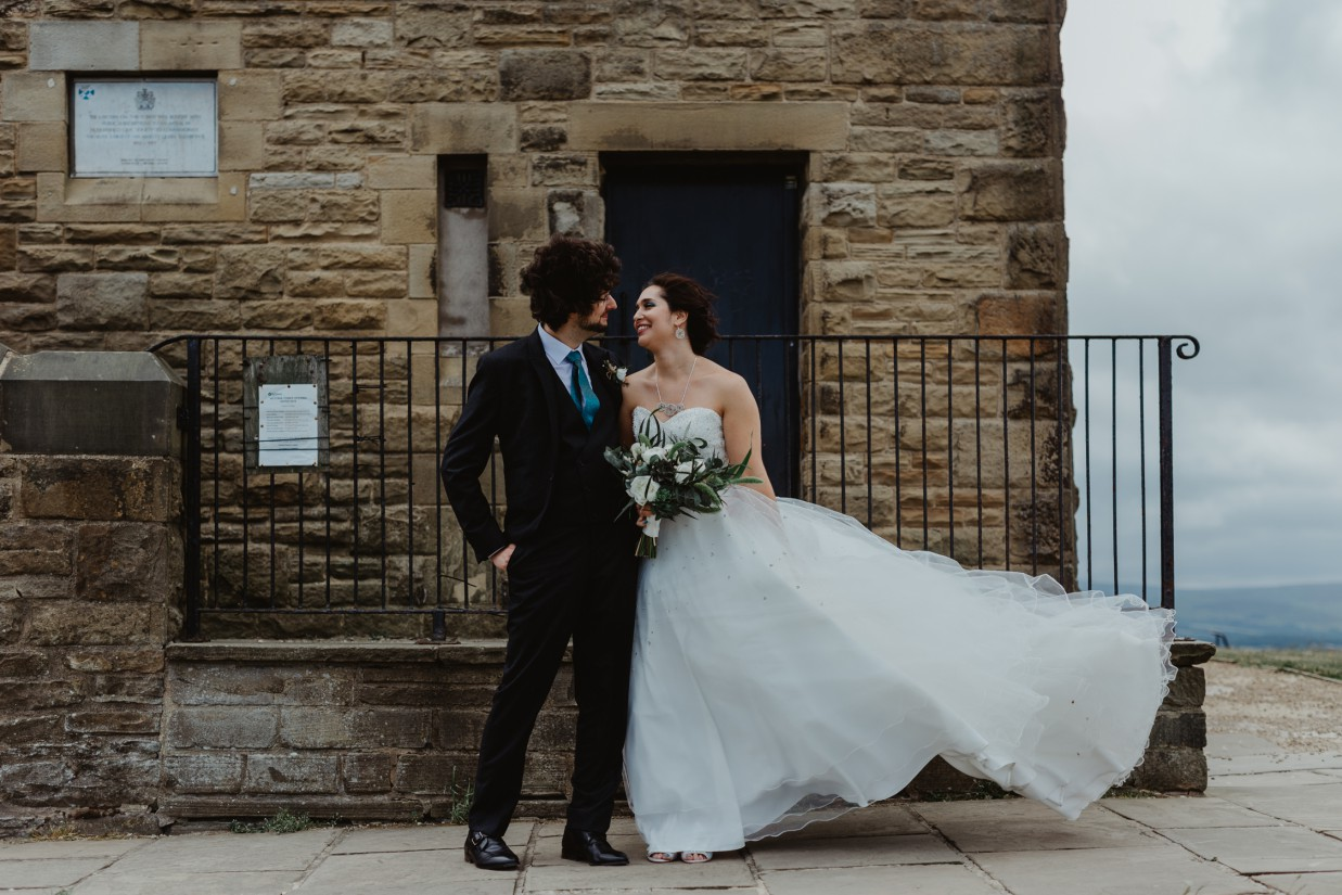 Stevie Jay photography - Unconventional Wedding at Storthes Hall Huddersfield - alternative wedding 51
