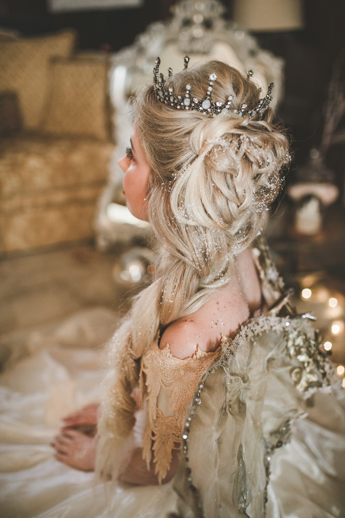 christmas wedding - Victoria Taylor-Christmas Fairy-Laura Beresford Photography- Hair (2)