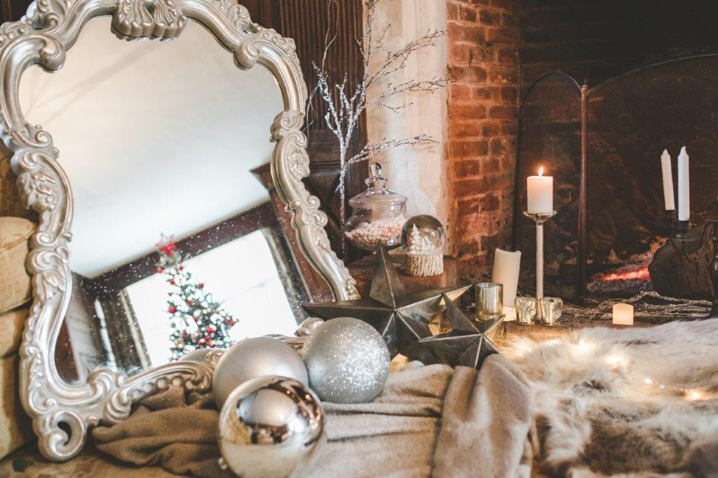 christmas wedding- victoria taylor- laura beresford photography- rug
