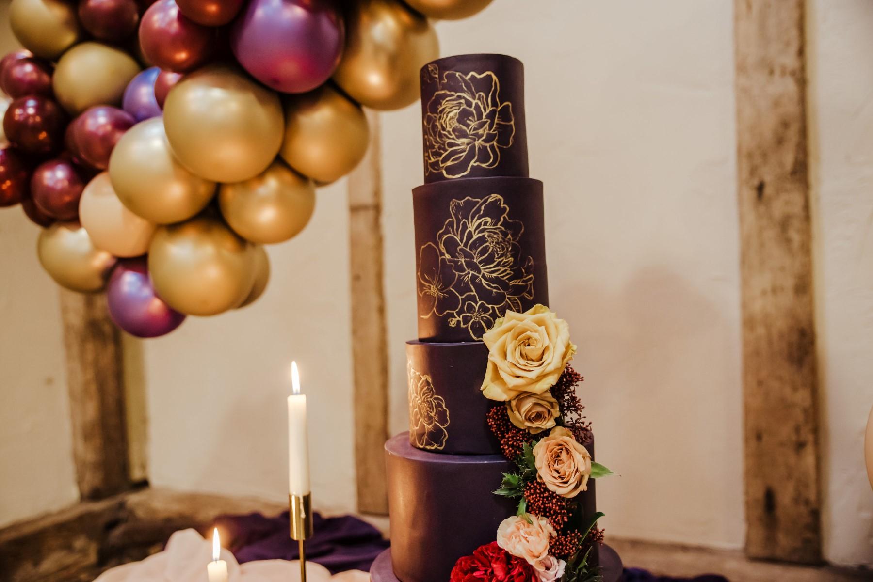Roshni Photography- Barn Wedding Shoot- Cake 2