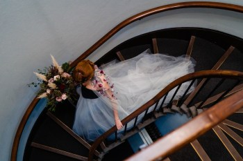gothic glamour- vicki clayson photography-stairs