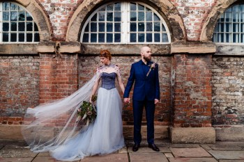 gothic glamour- vicki clayson photography-wind