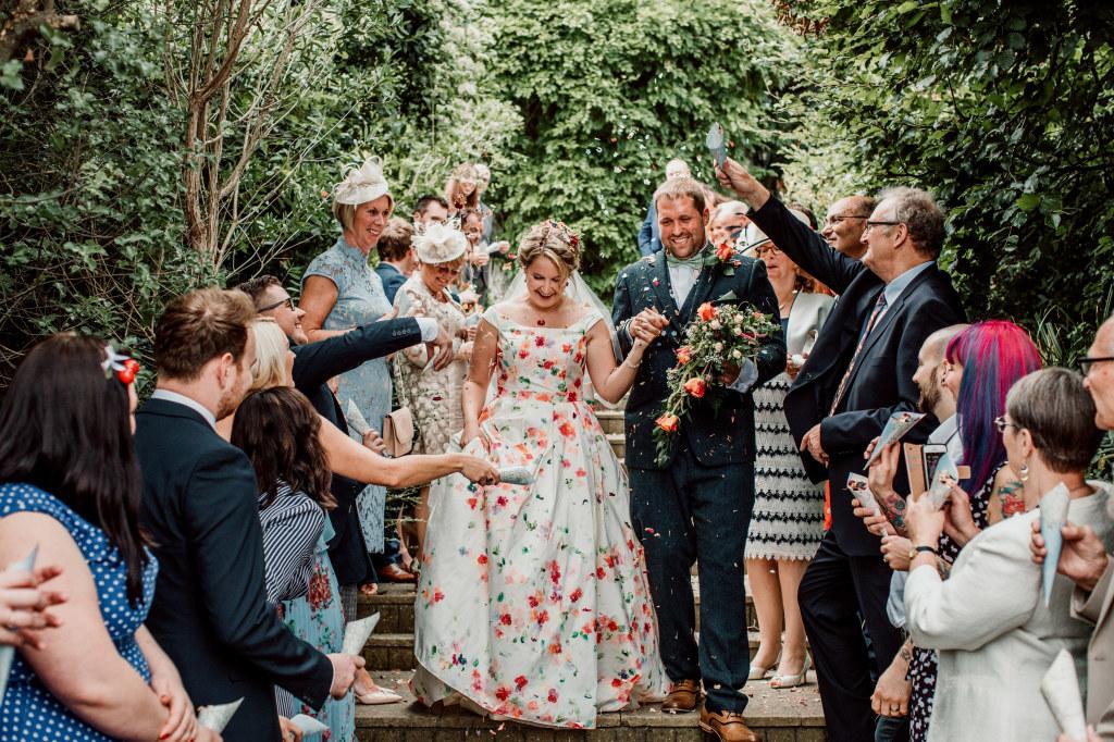 Alpaca Yurt Wedding- Confetti