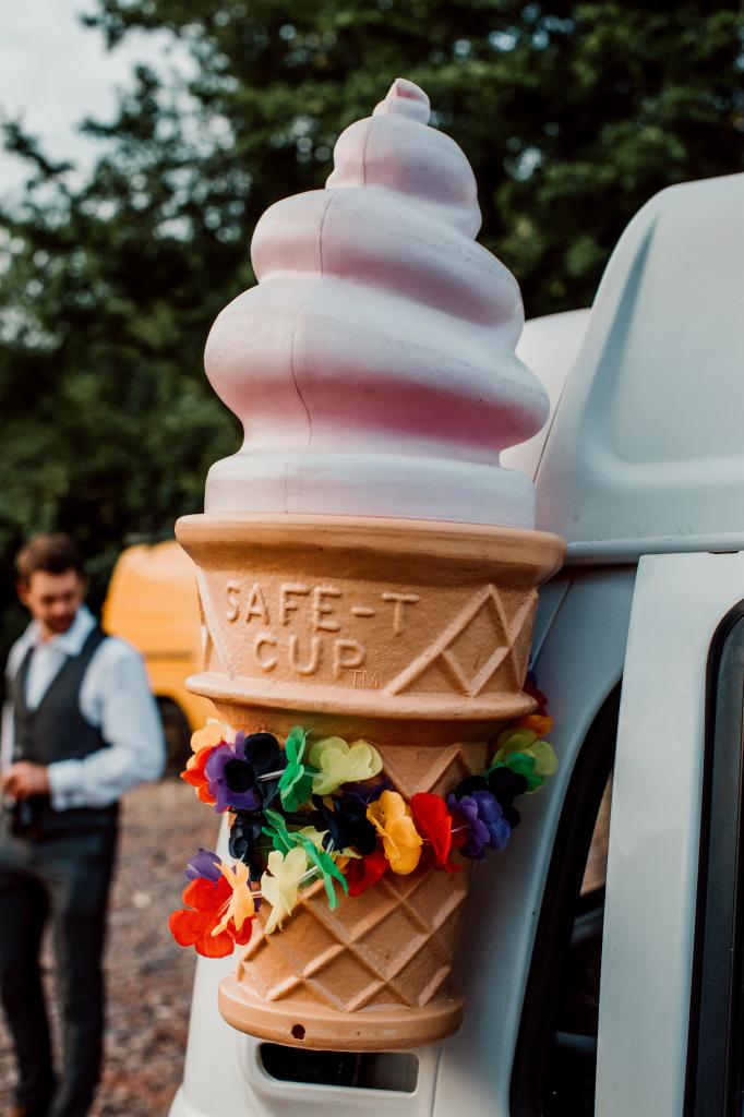 Alpaca Yurt Wedding- Ice Cream