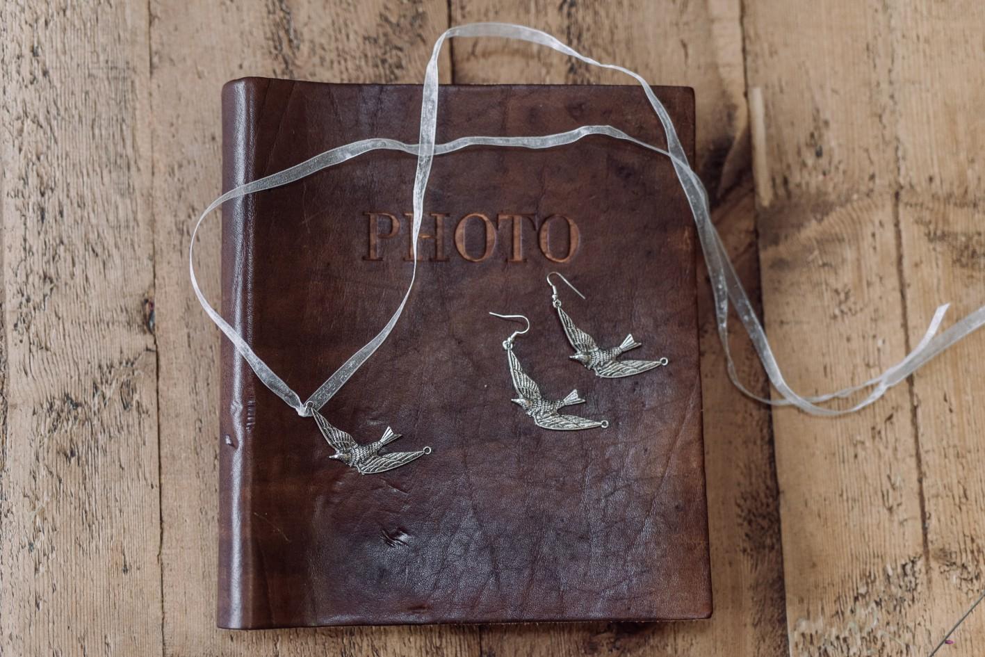 Emma Ryan- Elopement Wedding-Book
