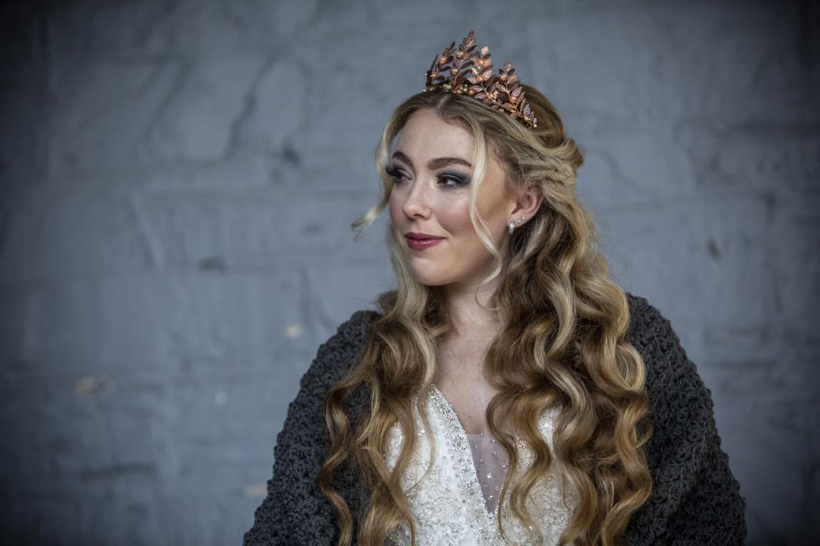 Magpie Weddings-Fairytale Weddings-Crown