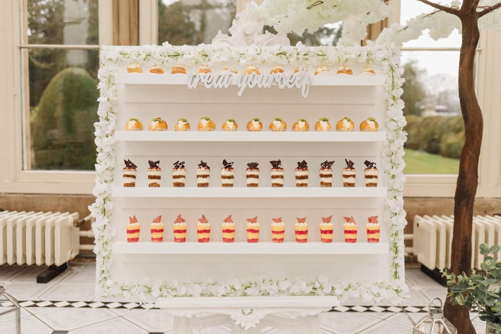 Pasticceria Lorena- wedding Dessert Table- unconventional wedding- italian deserts- wedding cake