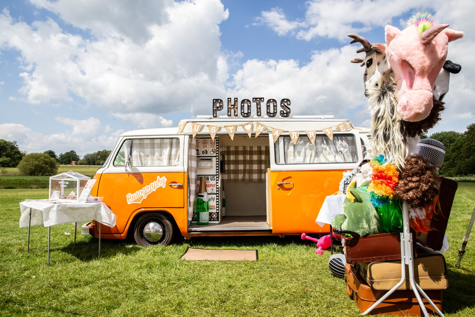 Festival wedding - Unconventional Wedding Festival - Busography - Lumiere wedding photography - photo booth - wedding photo booth (2)