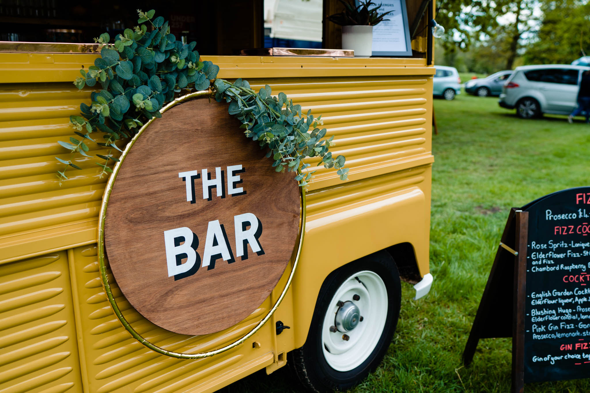 Festival wedding - Unconventional Wedding Festival - Fabulous Fizz Bar - Drink vans - vicki clayson photography