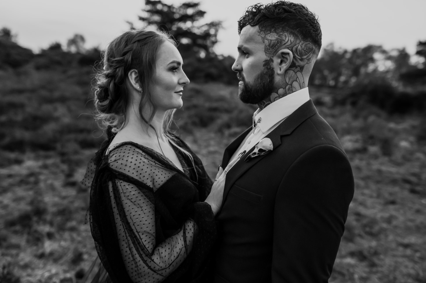 Finn And The Fox Photography-Moody Elopement Wedding- Gothic wedding - Black wedding dress - Tattoos - alternative wedding