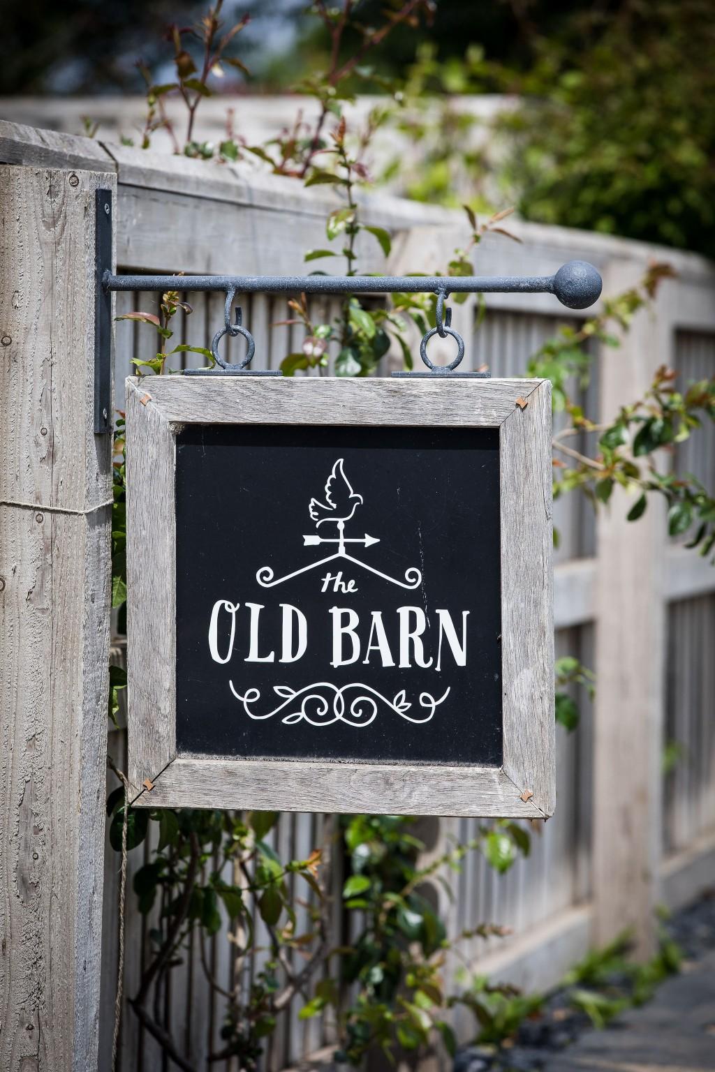 Harriet&Rhys Wedding - the old barn wedding venue devon