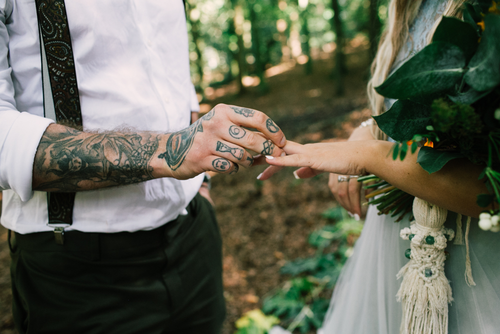 micro-wedding - forest elopement - small weddings - alternative wedding - outdoor wedding - covid safe wedding