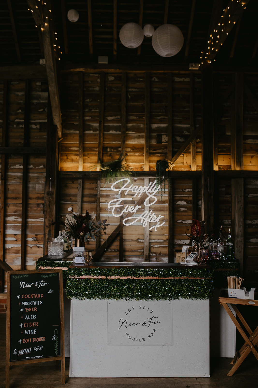 Modern barn wedding- jessica lily photography- unconventional wedding- unique mobile bar