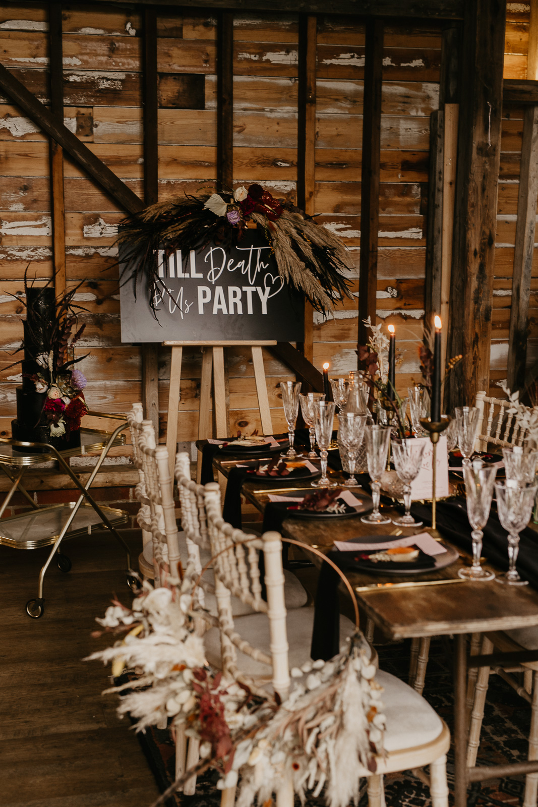Modern barn wedding- jessica lily photography- unconventional wedding- till death do us party sign