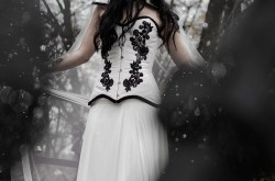 Haizea Arranz- alternative wedding dresses- unique wedding dress- unconventional wedding- gothic wedding dress