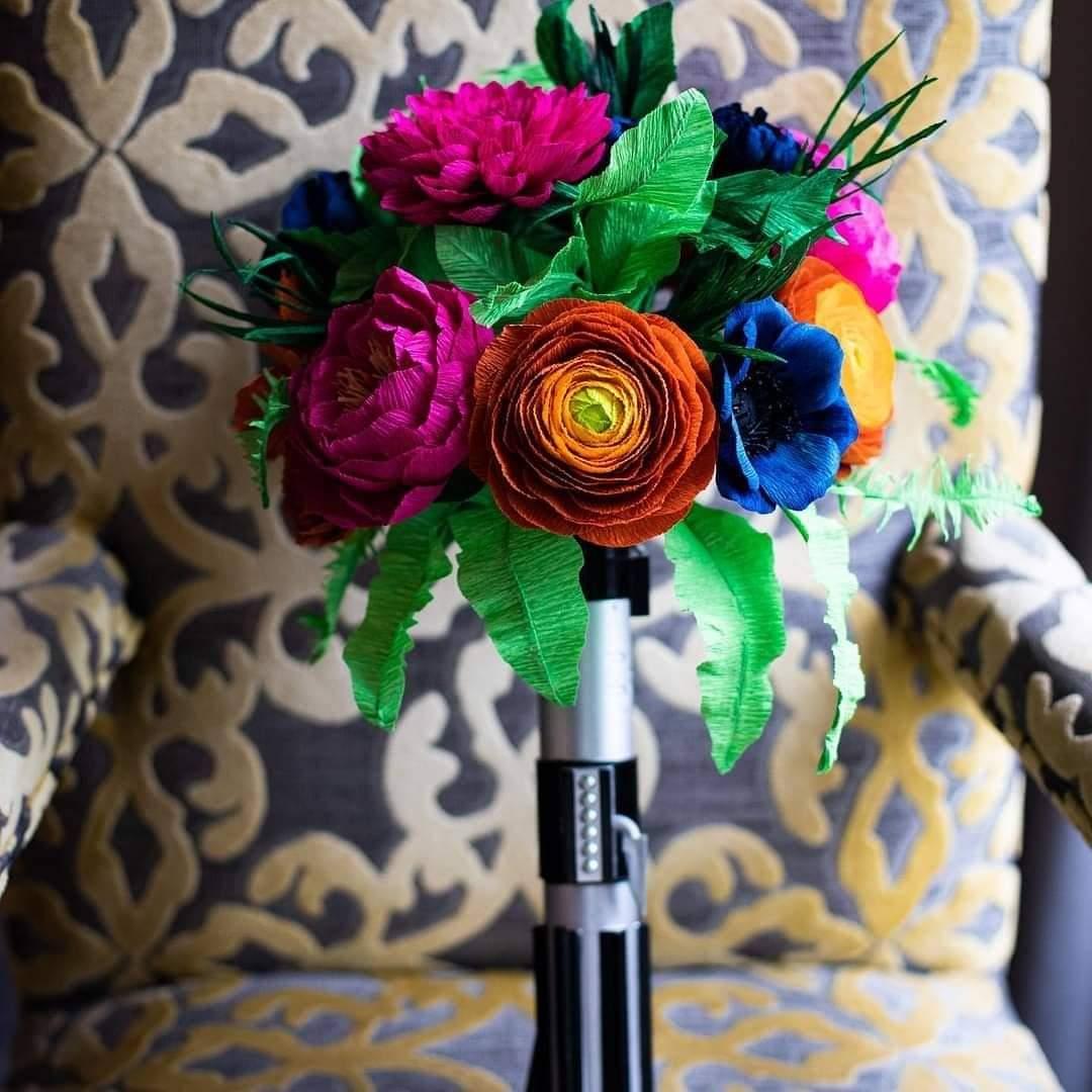 Light saber wedding bouquet - paper wedding bouquet from Arlo Arts - star wars wedding bouquet