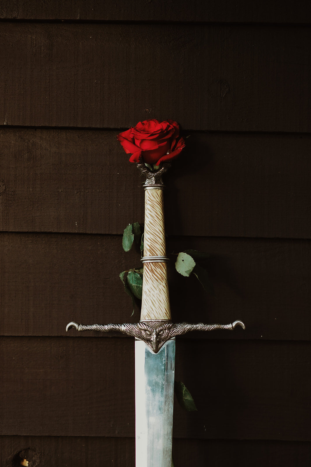 Game Of Thrones Wedding- Tom Jeavons Photography- Unconventional Wedding- Fantasy Wedding- Themed Wedding- wedding sword