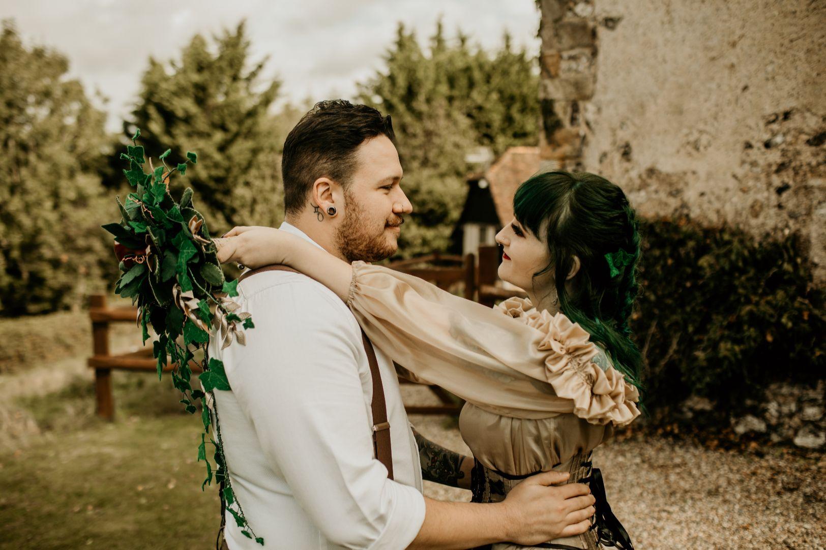 alternative fairytale wedding- snow white wedding- charlotte laurie designs-chloe mary photo- unconventional wedding- alternative wedding inspiration- alternative couple wedding