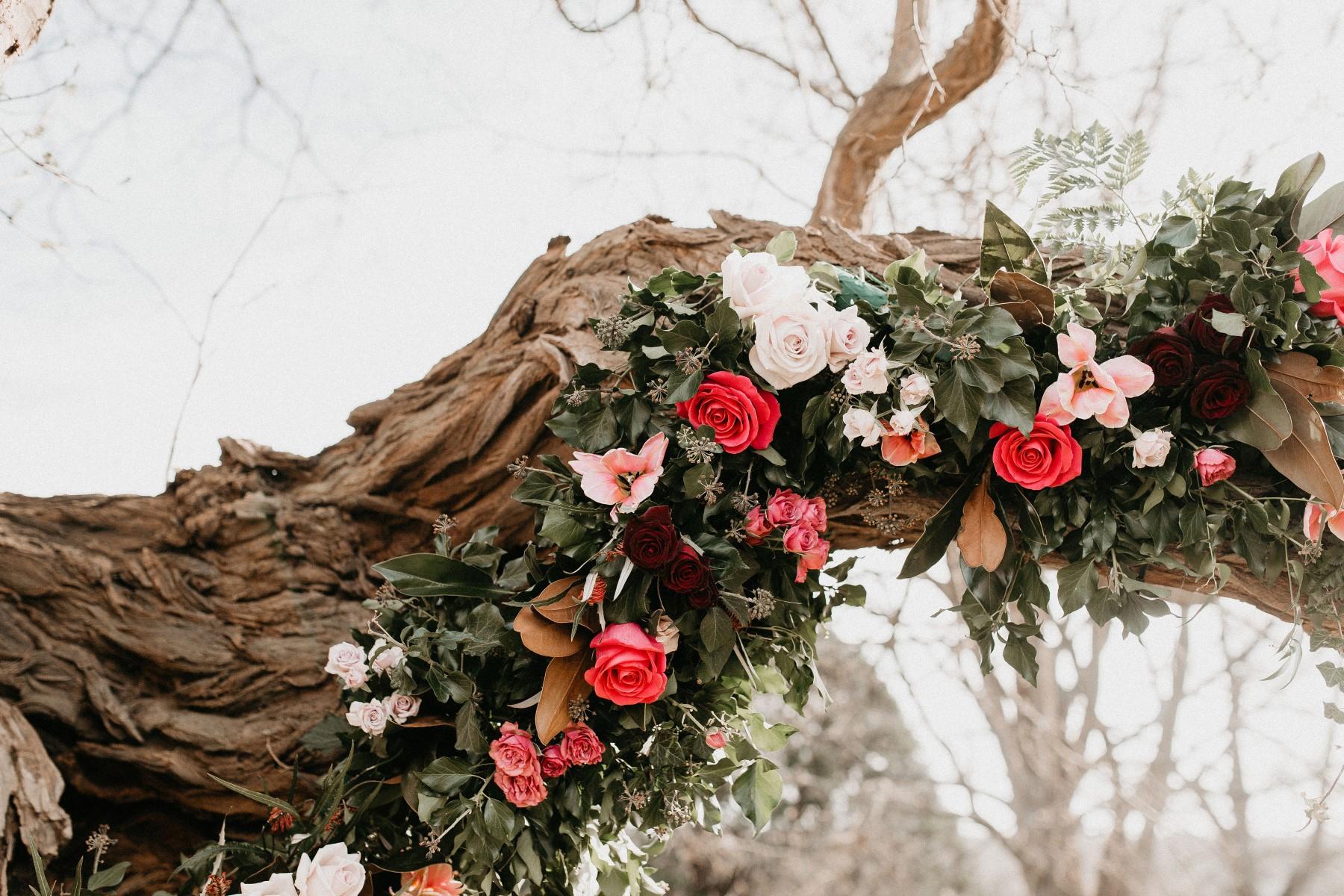 romantic woodland wedding - whimsical wedding- shakespeare wedding- unconventional wedding- unique wedding flowers- wedding roses