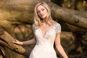 Ashleigh Richards Bridal 4