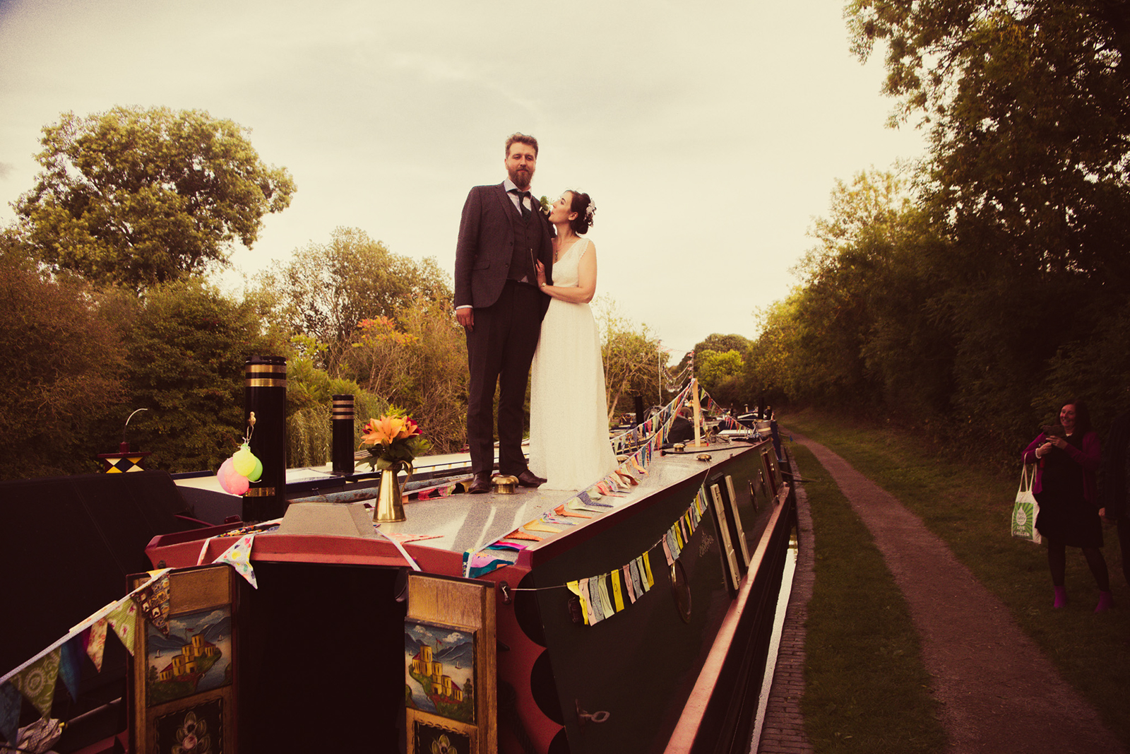 couple on canal boat - quirky wedding ideas - post lockdown weddings