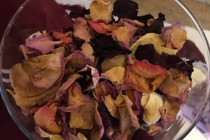Uniquely funky eco confetti - loose confetti for weddings - rose petal confetti