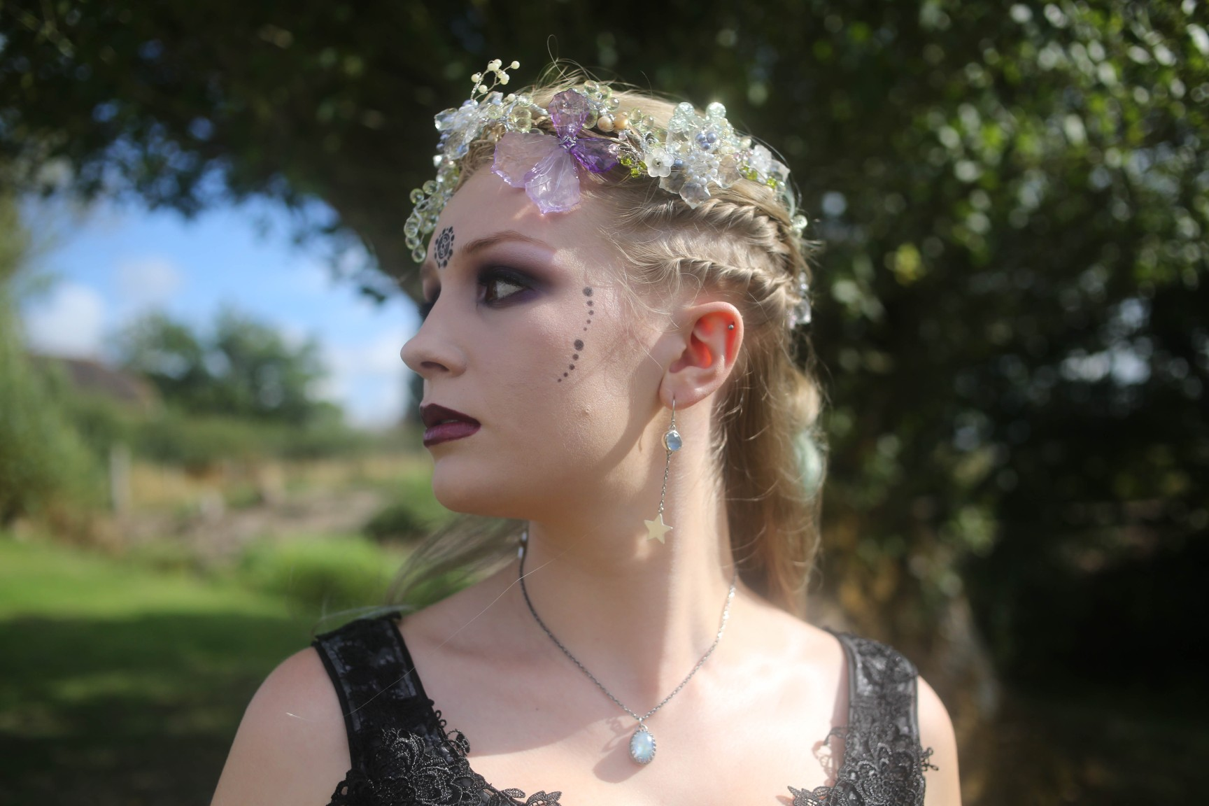nature wedding - pagan wedding - ethereal wedding - spiritual wedding - alternative wedding - mystical wedding - quirky wedding - unique bridal makeup - spiritual wedding makeup