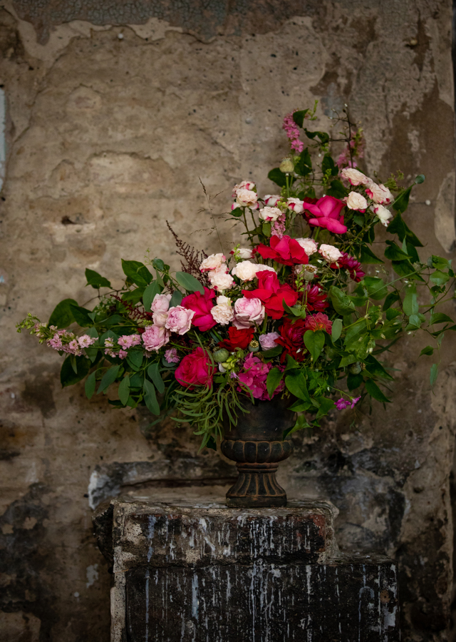 pink and red wedding flowers