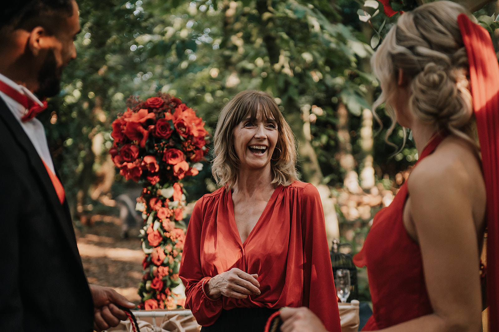 red wedding in the forest - celebrant wedding ceremony - wedding celebrant