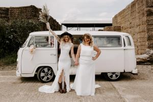 Buttercup Bus - mini_Surrey Campervan wedding car -carolineopacicphotography