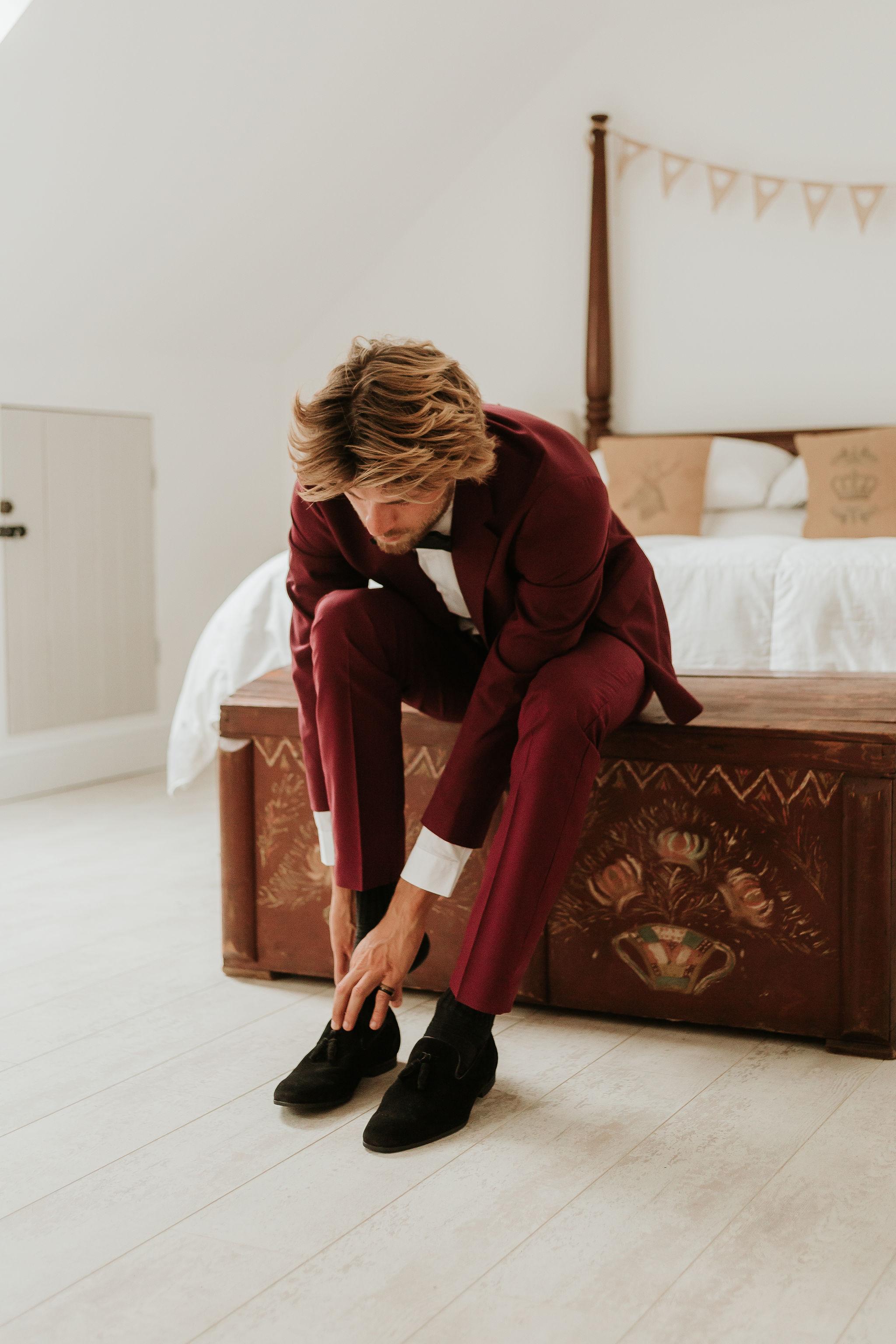 alternative groomswear - unique grooms wear - burgundy grooms suit