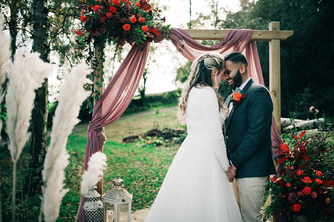 boho luxe wedding - bohemian wedding styling - romantic wedding photos