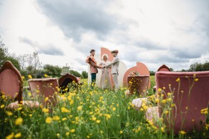 Pretty Vintage Hire - Sarita White Photography - Unconventional Wedding -10