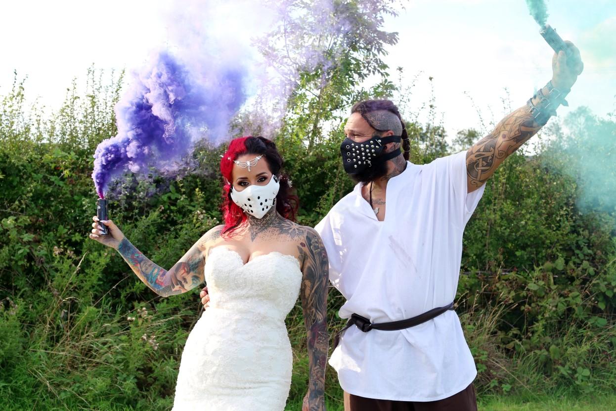 smoke bomb wedding photo - alternative couple wedding photos