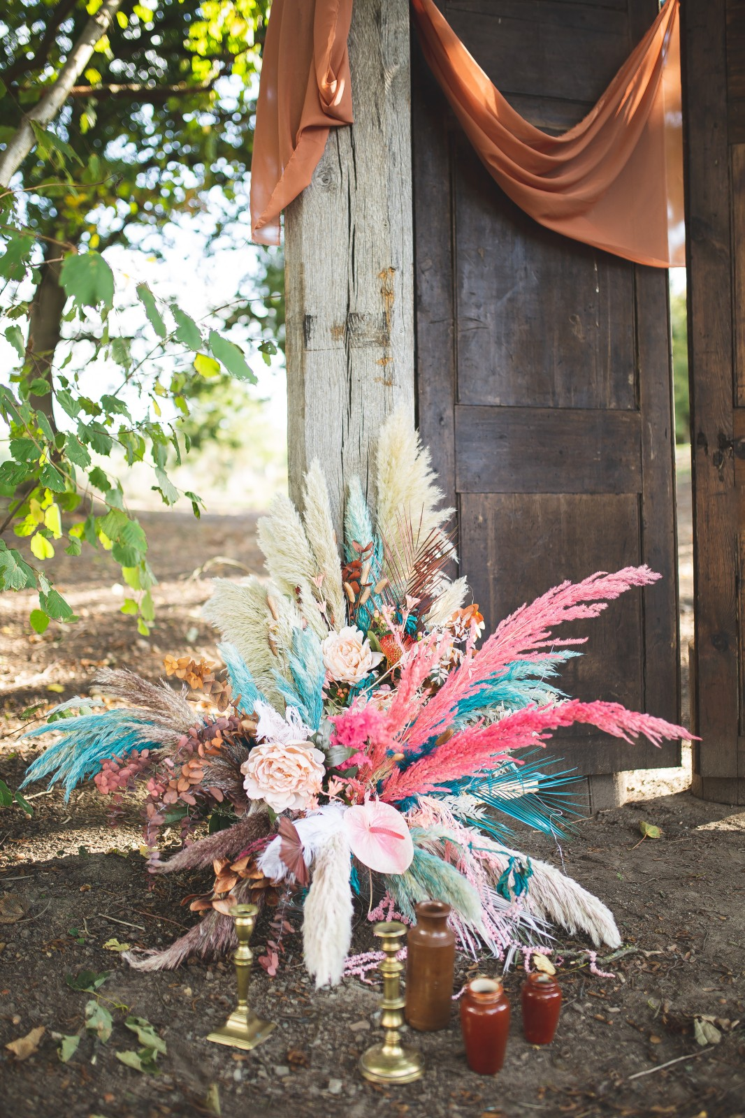 unique wedding flowers - alternative wedding flowers - tropical wedding flowers - unique wedding bouquet - colourful wedding flowers - unconventional wedding