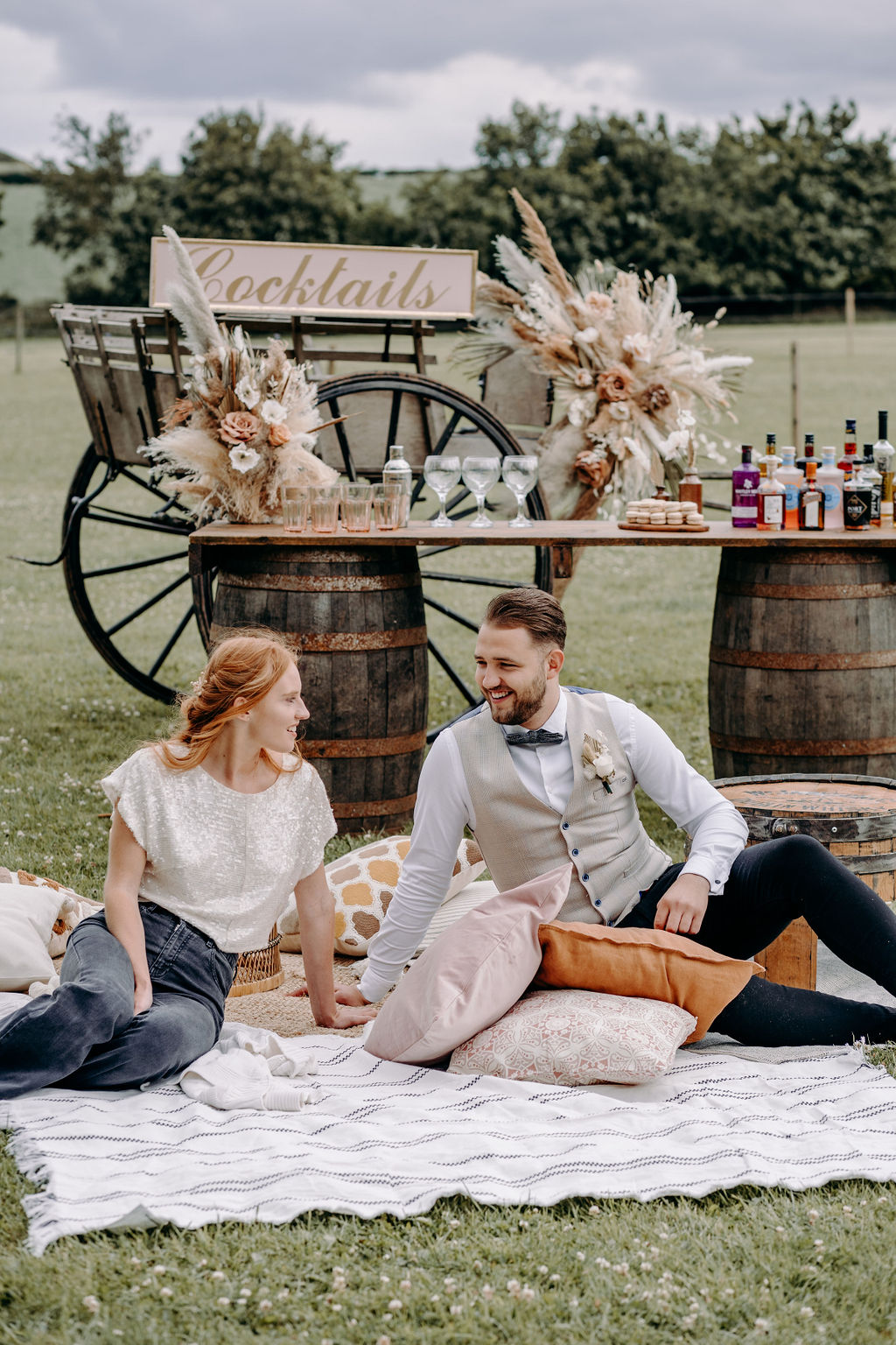 sustainable boho wedding - wedding picnic - relaxed wedding - eco friendly wedding - unconventional wedding - alternative wedding