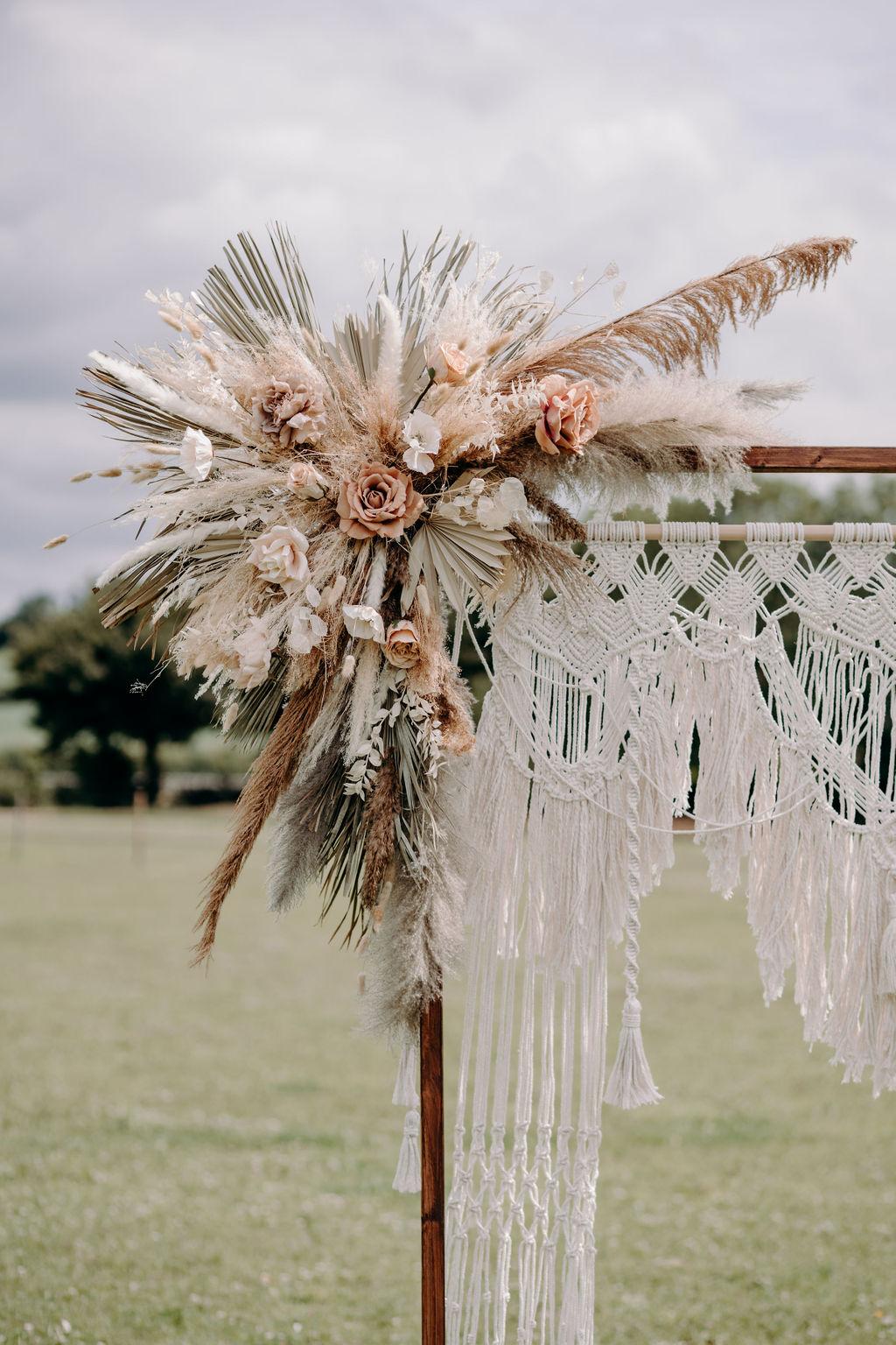 boho wedding flowers - sustainable wedding flowers - wedding macrame - unconventional wedding