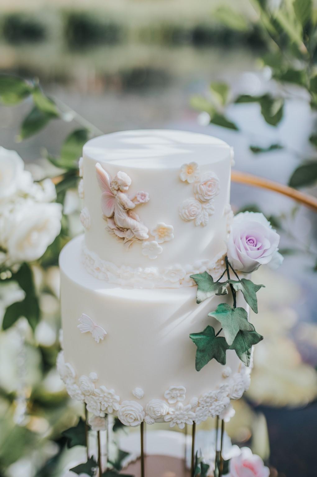 fairy wedding - whimsical wedding - magical wedding - elegant wedding dress - fairytale wedding cake - unique wedding cake - ethereal wedding cake