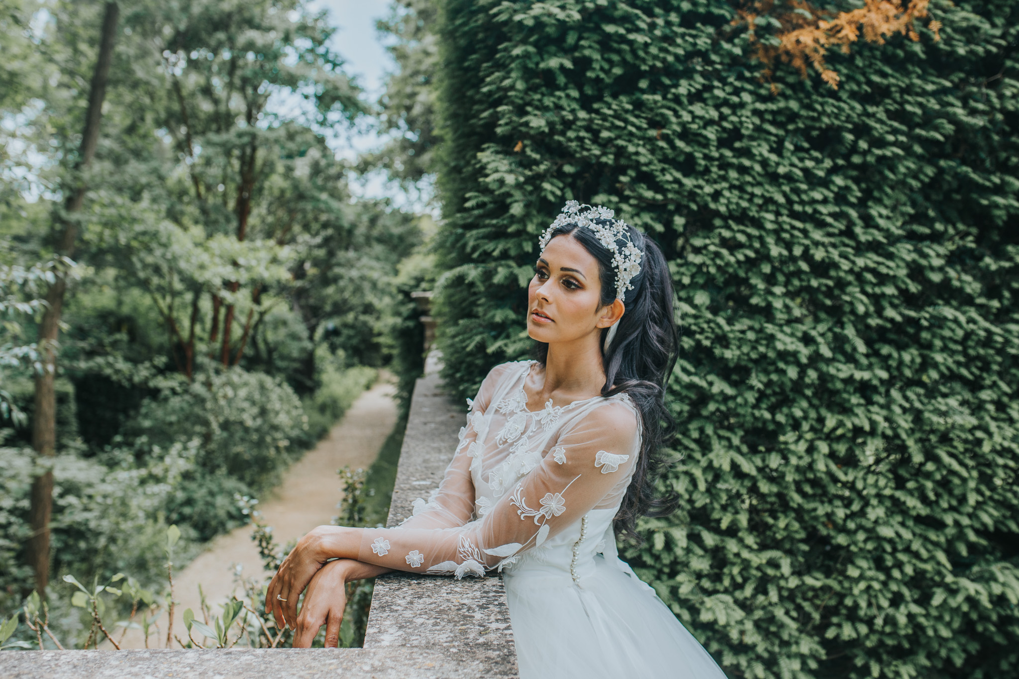 bridgerton wedding - elegant wedding dress - unique bridal headdress
