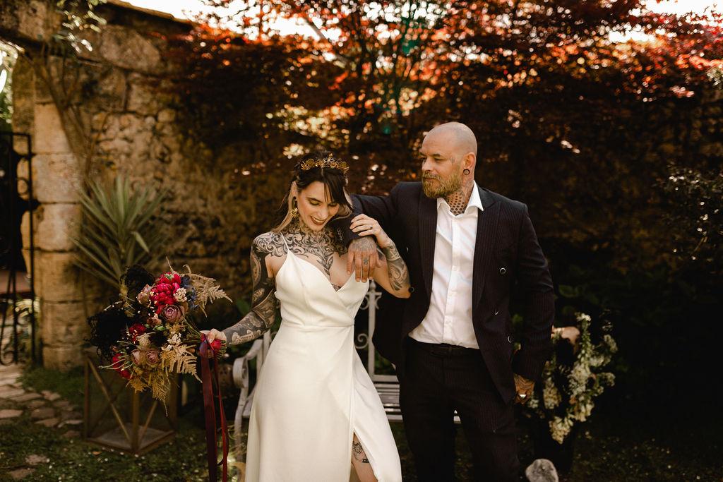 tattooed bride and groom - alternative autumn wedding - alternative wedding style