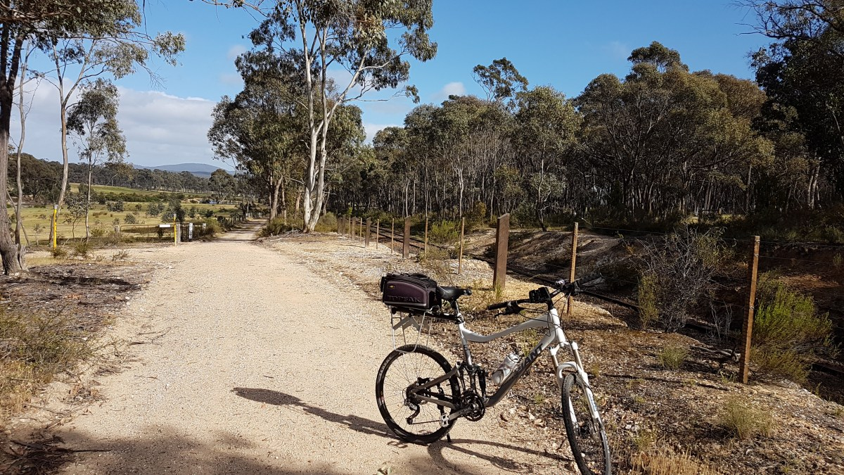 Cycling the Castlemaine to Maldon Trail