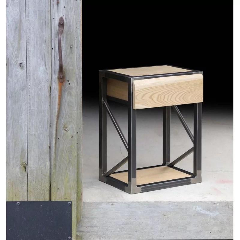 table de chevet avec tiroir en bois et acier