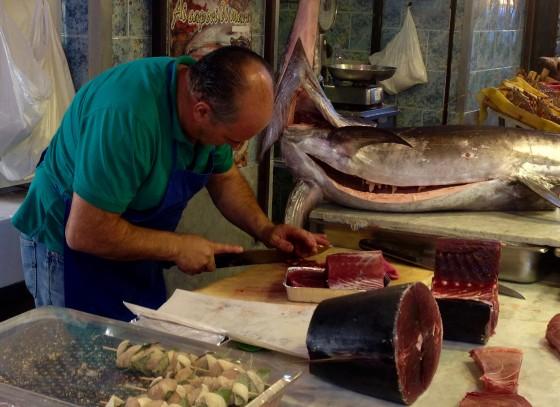 market tuna