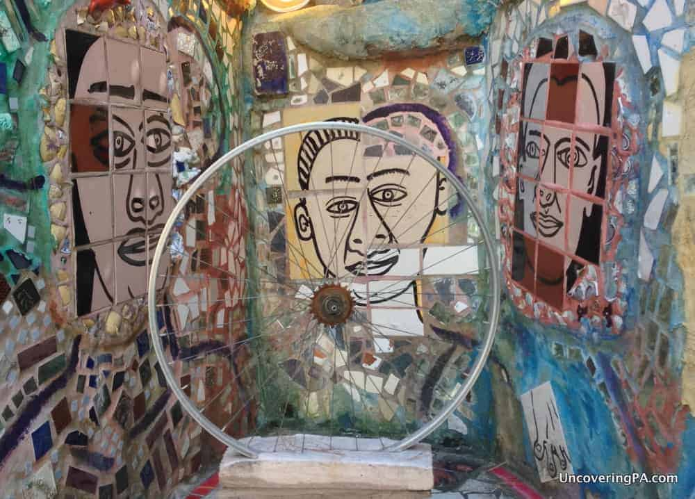 Visiting the Magic Gardens in Philadelphia
