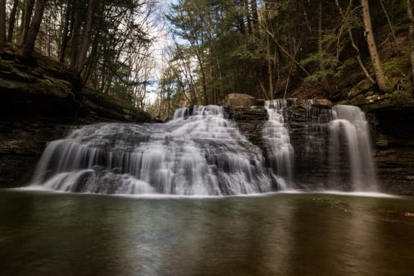 Waterfalls in Pennsylvania with short hikes: Freedom Falls