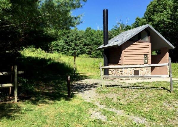 Cliff Park Trailhead near Milford, Pennsylvania