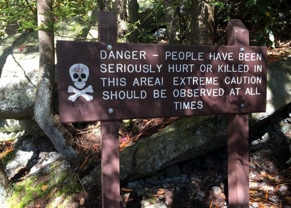 Warning sign at Glen Onoko Falls.